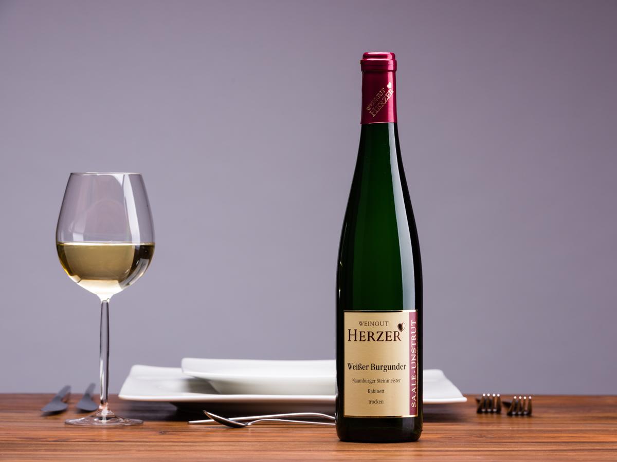 Produkt: Weißer Burgunder, <br>Kabinett trocken (Weingut Herzer ...